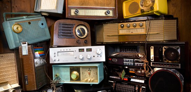 some-old-radios-in-a-big-pile-1470071419-article-0